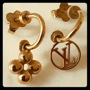 Louis Vuitton earrings♡
